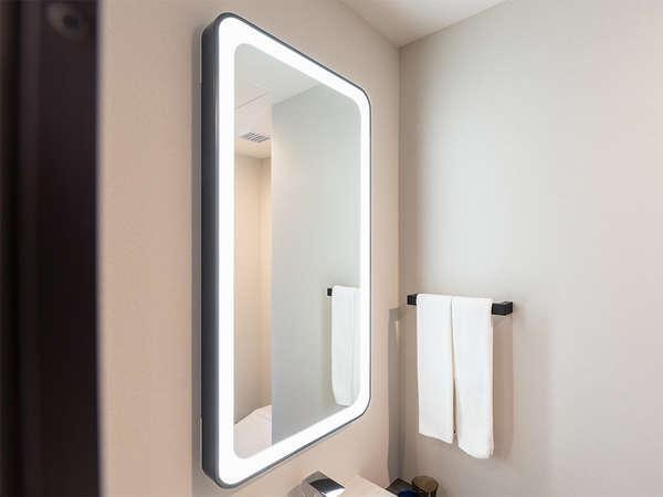 【風呂】スーペリシングル/シャワー・スーペリシングルシャワールームは洗面室に女優ミラーがございます。