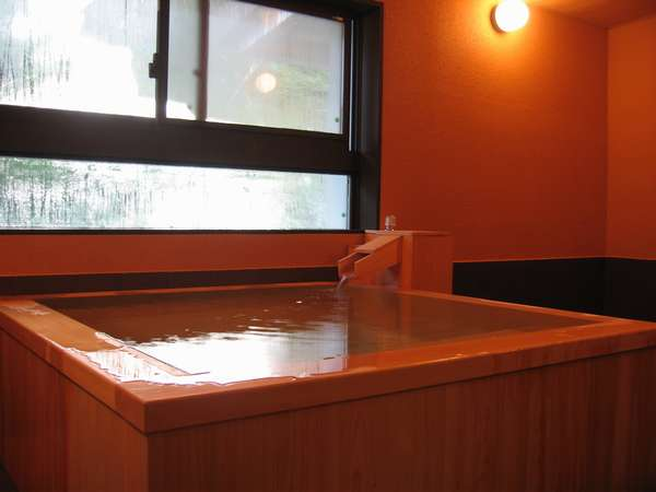 2008年に新設した 貸切温泉「しらびそ」です 50分2,100円で貸切でご利用いただけます。