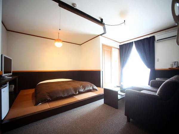 【DXダブル・プチ和洋室タイプ】広々とした空間でゆったりくつろげるプチ和洋室