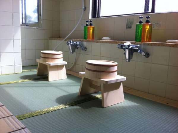 いずみ自慢の畳大浴場です。