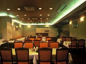 1階 レストラン「トレーズ」★お客様から美味しいと評判の朝食★(朝食時間:6:45~9:00)