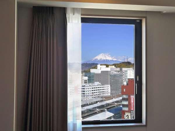 客室からの景色※富士山は時間帯 ・天候によってご覧いただけない場合があります。