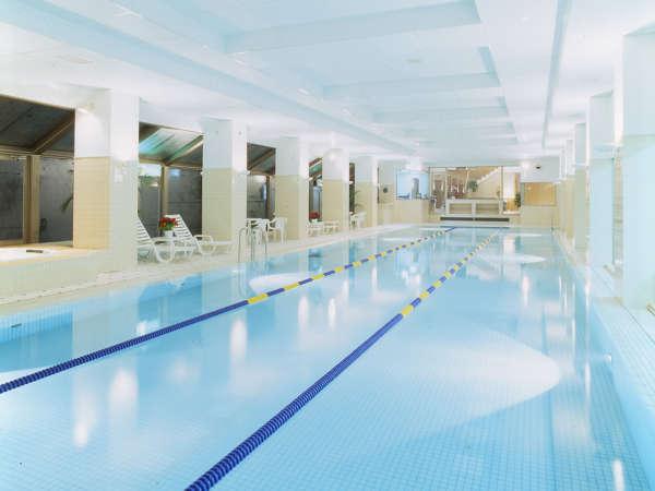 【温水室内プール】25m3レーン。プールグッズ・浮き輪など貸出無料!*