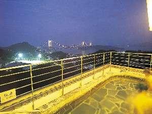 土曜の夜は、瀬戸大橋のライトアップが最高の絶景風呂