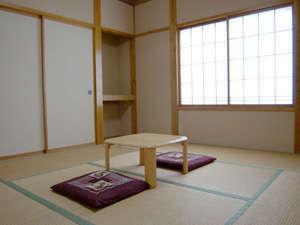 客室一例 和室8畳