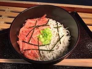 ■生桜えびと釜揚しらすの二色丼