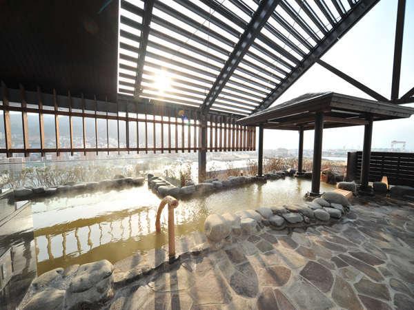 【露天風呂】函館山を一望する展望温泉
