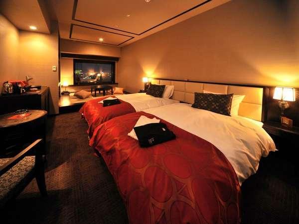 【和洋室/33㎡】ベッド幅:1200mmx2050mm 2台/畳スペースがあり、ご家族・グループに人気の客室。