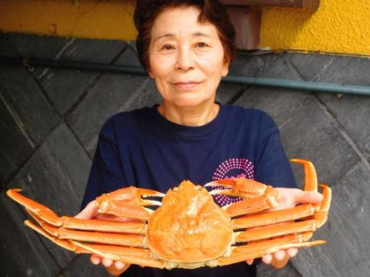 【一年中蟹が食べれる宿】越前がに解禁以外でもおいしい蟹を用意しています。そのための努力は惜しみなく!