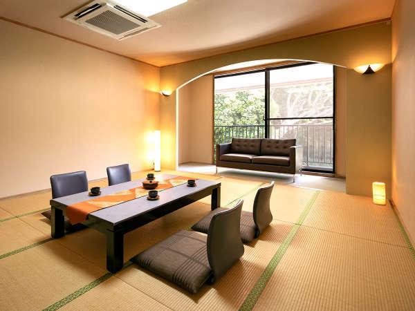 和室15畳(一例) 山側に面している、シンプルで落ち着いた雰囲気