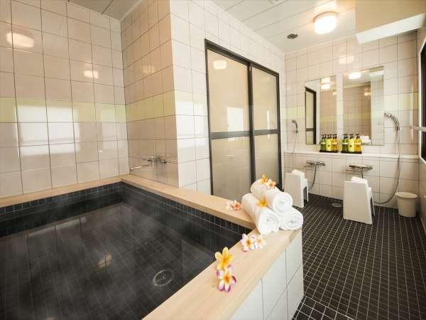 【営業時間】17:00~23:30 女性浴場は金・土・日・祝のみ