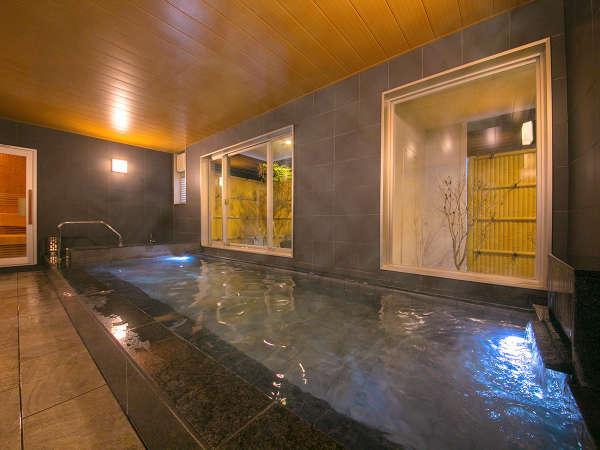 【男性用大浴場】凝り固まった身体を、お風呂でどうぞ癒してください♪
