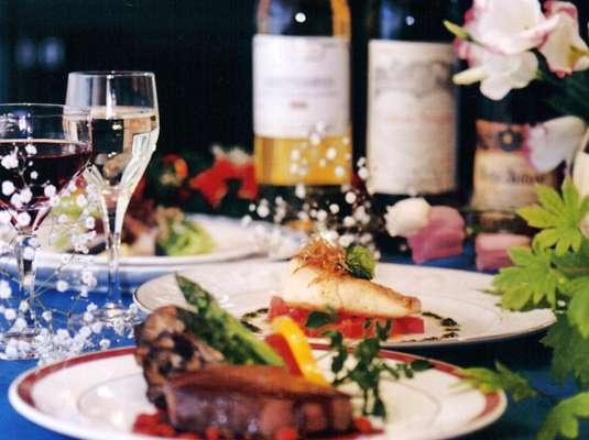 オードブル~デザートまで会津版欧風旬彩フルコースディナーはオーナーのこだわり・手作り・日替わりです。