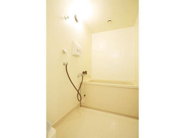 スイート、デラックスツインの浴室は洗い場があり広々★