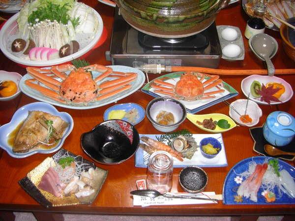 カニ料理の一例です。内容はその日の仕入の魚で変わることがあります。