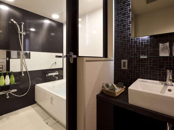 洗い場付バスルーム/ラグジュアリールームのみ