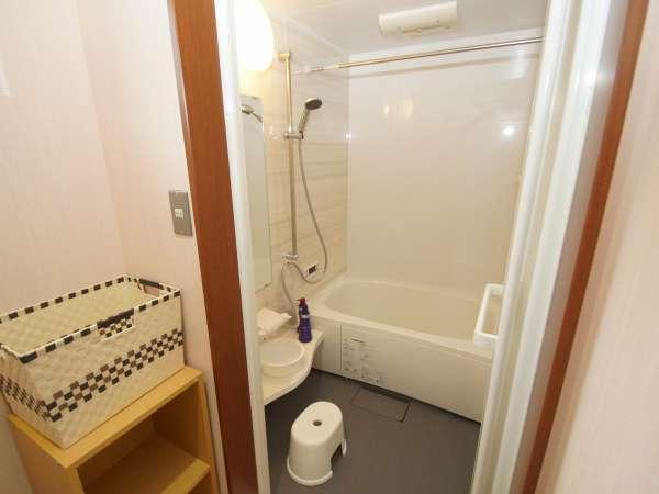 2F浴槽シャワーのみのご使用は無料です。お湯貼りされる場合は300円になります。