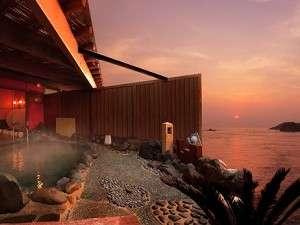 朝日を望む海望露天風呂