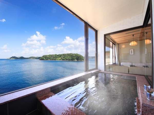 【別邸渚亭】当館でも最も人気のお部屋。ワイドビューバスから平戸瀬戸を一望。