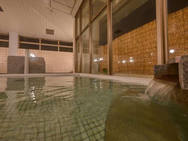 【大浴場にぃふぁい湯】営業時間6:00~9:00/16:30~23:00※終了の10分前まで入場可能です