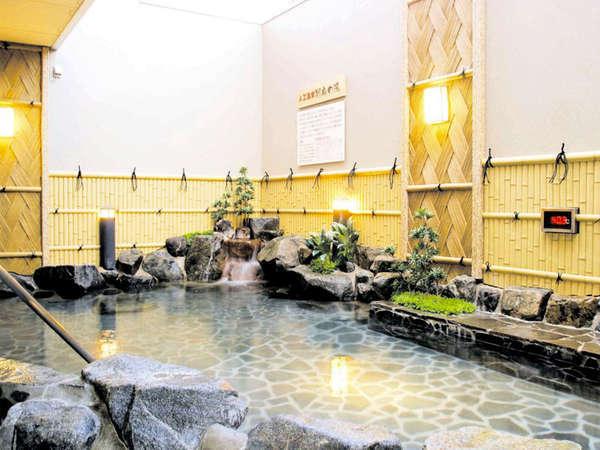 当館にはもちろん露天風呂もございます♪のんびりお入りください☆
