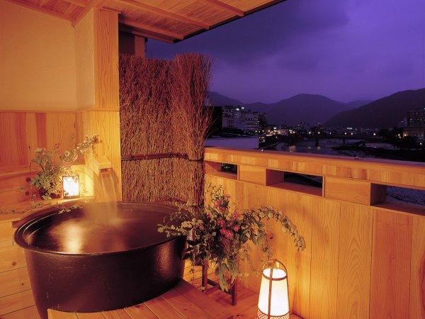 ☆露天風呂付客室の露天風呂(一例)