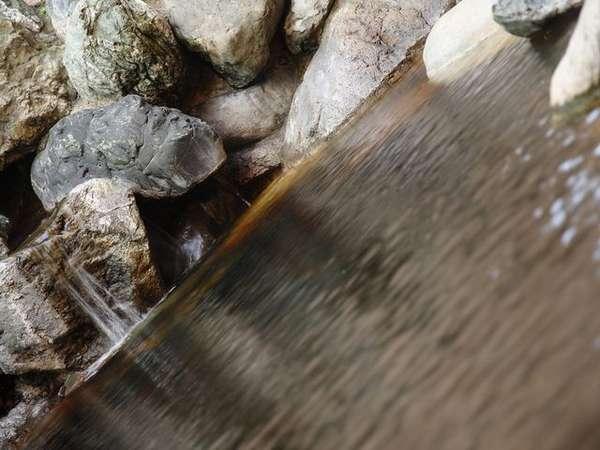 露天風呂/モール温泉のしっとりした泉質がお肌をなめらかにします。