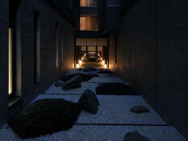 夜の中庭です。ライトが映える幻想的な空間をぜひご覧下さいませ(*´ω`)