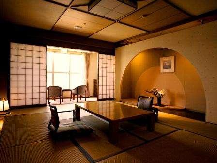 西館特別和室(12畳+4.5畳+次の間+広縁)