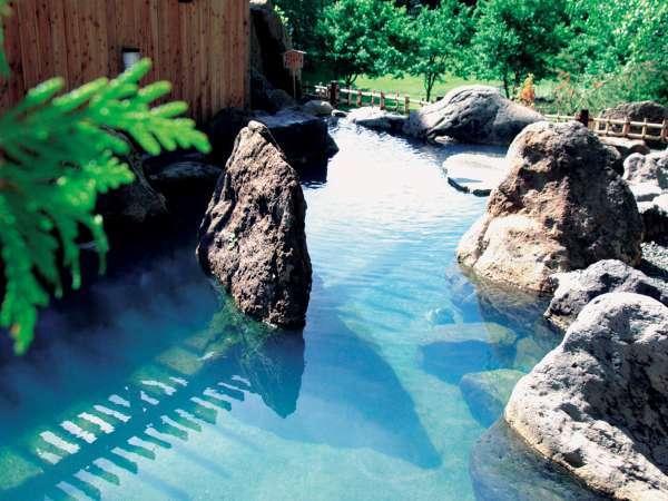 2F庭園露天風呂「鹿鳴の湯」
