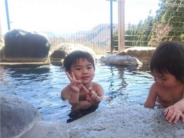 ≪露天風呂≫お子様も喜ぶ広々露天風呂♪
