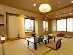 駒ケ岳を正面に眺める角部屋(16畳タイプ)
