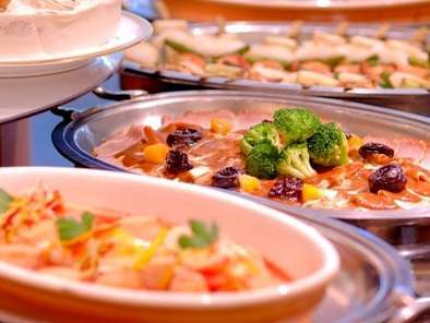 約30品もある豪華なご朝食を無料ビュッフェスタイルでご用意♪栄養満点の手作り料理をどうぞ☆