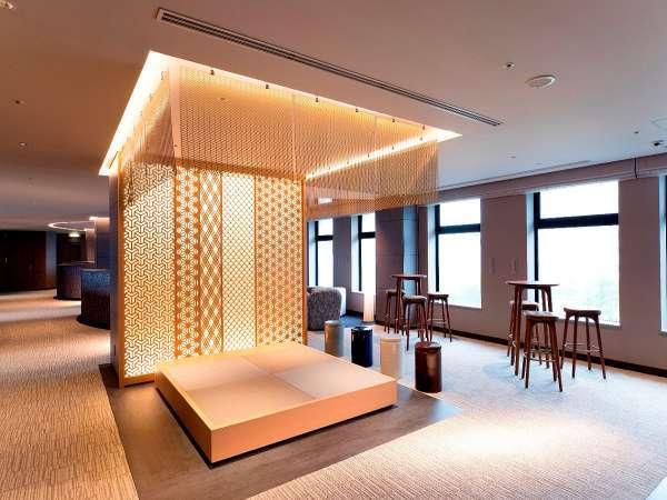 ゲストラウンジには和文化を感じられる畳コーナーも設置。