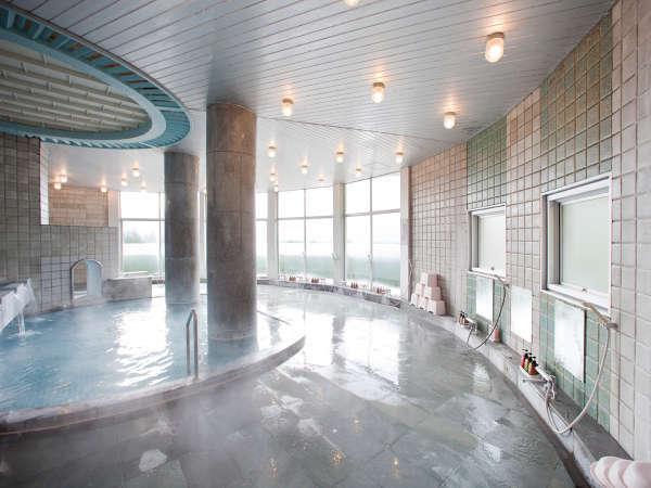 *【大浴場】ゆったり寛げる大浴場は、自家源泉の単純泉