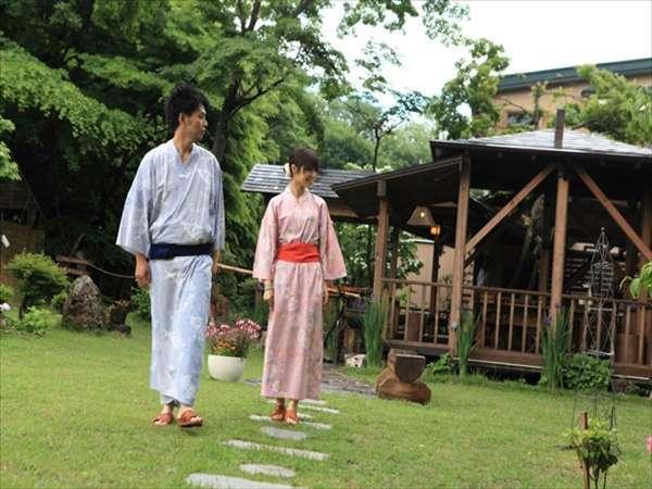 【だんぶり茶屋の庭】土を踏みしめて薫る草。安比の澄んだ空気とともにお楽しみ下さい