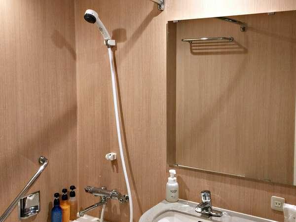 """〝お風呂好き""""には嬉しいバスタブ付きのバスルーム"""