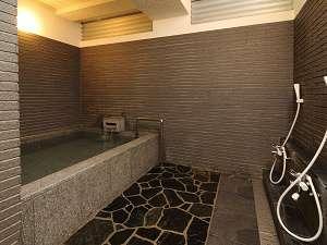 小浴場はシックな雰囲気・・・