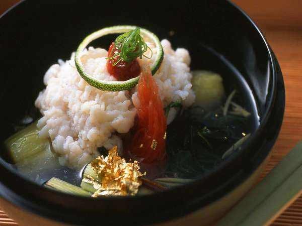 【夏のお料理一例】滋味深い鱧と茄子の蓋物