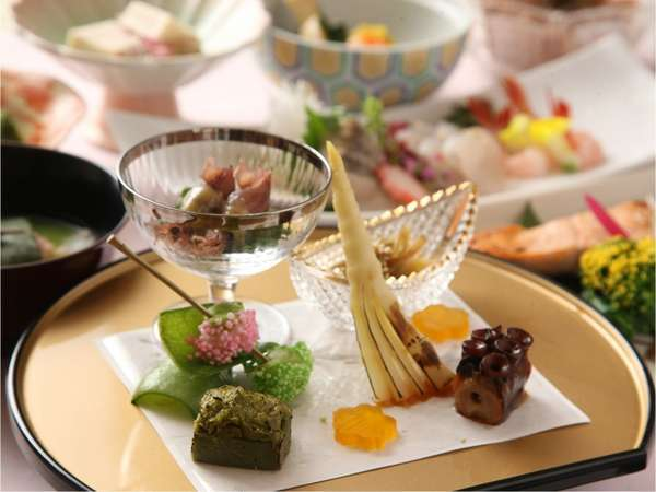 季節限定 会席料理 春の膳【前菜】イメージ