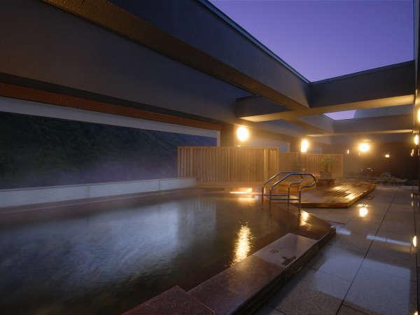 【天空露天 朝陽山】夜の入浴もおすすめです。ゆっくりお寛ぎください