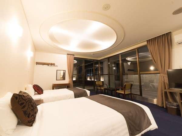 *デラックスツイン/バルコニー付きで広々♪ベッド幅120cmでお子様の添い寝もOKです。
