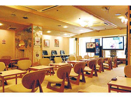お食事コーナーお食事は、同ビルニュージャパンをご利用いただけます。