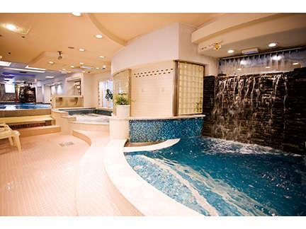 同ビルニュージャパンのお風呂が無料でご利用いただけます。※一部プランは別途料金