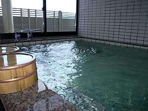 お風呂に浸かって、旅の疲れを癒してください。