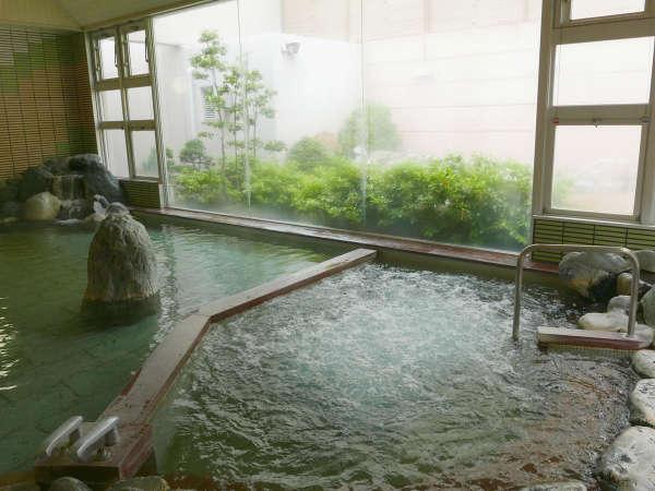 *【バイブラ風呂】細かい泡の刺激で血行を良くし、新陳代謝の促進や筋肉疲労の回復に◎