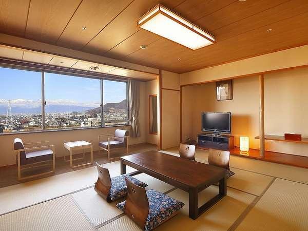 和室(バスなし)シンプルで落ち着いた雰囲気の和室