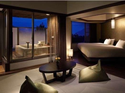 箱根の絶景と名湯を独り占めしているかのような、満ち足りた気持ちになる。