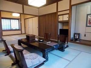 客室14.5畳(古民家風和室)