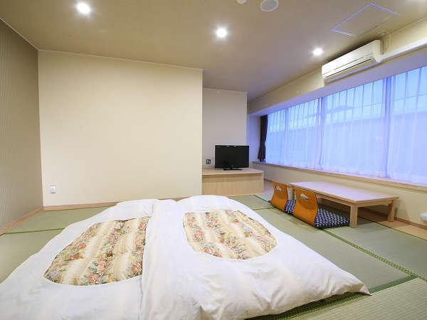 和室10畳アップ(喫煙/風呂無)客室イメージ①※建物の内側に面ているため、景観が望めません。